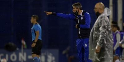 Vélez vence a Deportivo Cali y queda cerca de los cuartos de final