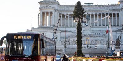 El 80 % de los italianos apoya las restricciones para Navidad