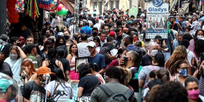 """Brasil está """"preparado"""" para iniciar la vacunación este enero, dice ministro"""