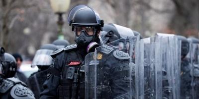 Protestas y falsas amenazas de bomba en Nueva York tras el asalto al Capitolio