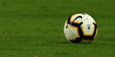 Sindicato francés pide a los jugadores que se rebajen el sueldo para salvar al fútbol profesional