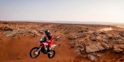 """Motociclista Cornejo, tras su caída: """"Siento como si me hubiera pasado un tren por encima"""""""