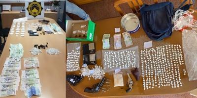 Dos narcotraficantes  fueron  enviados a la cárcel por posesión de drogas, tras un procedimiento en el barrio Bella Italia