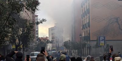 Al menos tres muertos por una explosión en un edificio en el centro de Madrid