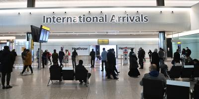 El Reino Unido no descarta el cierre de fronteras por cepas del coronavirus