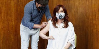 La vicepresidenta argentina recibió la primera dosis de la vacuna Sputnik V