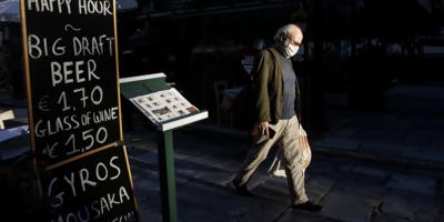 Grecia endurece el toque de queda ante el aumento de los contagios
