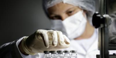 Observan que vacuna de Oxford es menos efectiva frente a variante surafricana