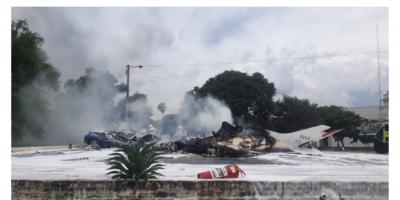 Al menos 7 muertos en accidente de avioneta militar en aeropuerto de Asunción