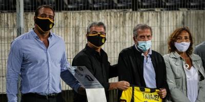 Peñarol rinde homenaje al 'Maestro' Tabárez