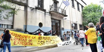 Los docentes agremiados a Fenapes están cumpliendo un paro de 24 horas