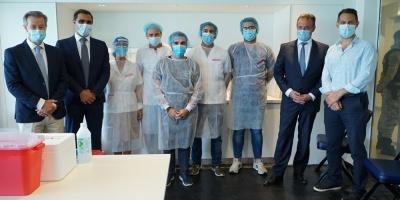 Comenzó este lunes la campaña de vacunación contra la COVID-19 en Uruguay