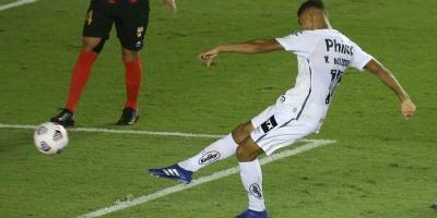 El Santos de Holan debuta con una victoria sobre el Lara pese a bajas