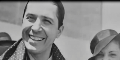 Canta Carlos Gardel