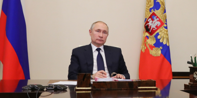 El Senado ruso aprueba la ley que permitirá a Putin permanecer en el Kremlin