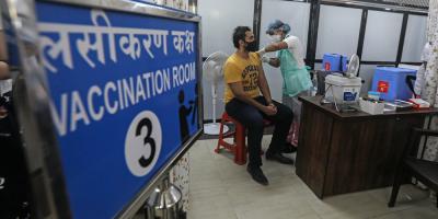 Récord diario de vacunación en la India: 3,6 millones de dosis en una jornada