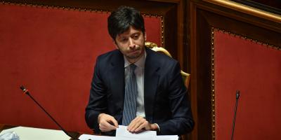 Cuatro investigados por amenazas al ministro de Sanidad italiano ante cierres