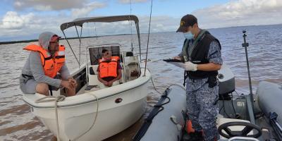 La Armada rechazó a 39 personas que pretendieron ingresar de forma irregular