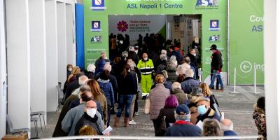 Acuerdo en Italia para vacunar en las empresas