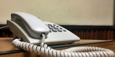 Intendencia realiza servicio de asistencia y orientación telefónico a personas mayores