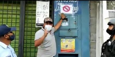 Una ONG acusa a alcalde venezolano de marcar casas de pacientes de COVID-19