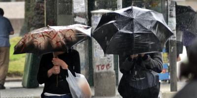 Extienden advertencias por persistencia de tormentas y lluvias