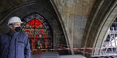 Macron mantiene el objetivo de la reconstrucción de Notre Dame para 2024