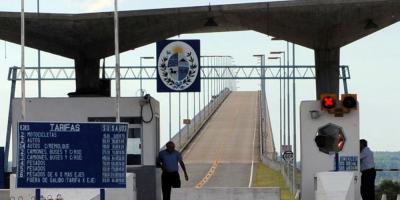 """Cancillería elevó nota ante medida medida """"discriminatoria"""" en frontera"""