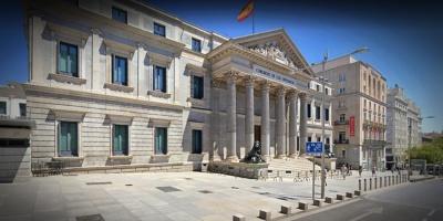 España aprueba una ley pionera contra la impunidad de los abusos a menores