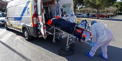 Francia supera la barrera de los 100.000 muertos por el coronavirus