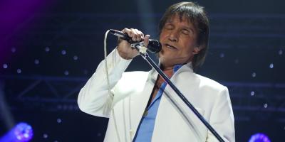 El reconocido cantante brasileño Roberto Carlos cumple 80 años