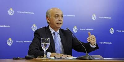"""Ministro García: """"No hay nada que merezca explicaciones"""" sobre vacunación con remanentes en Hospital Militar"""