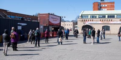 Suecia prolonga restricciones en restaurantes y reuniones hasta el 17 de mayo