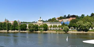 Expulsión masiva de diplomáticos rusos acentúa crisis entre Praga y Moscú