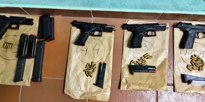 Recuperaron cuatro armas de fuego tras ataque a funcionario policial