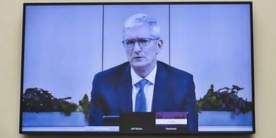 Cook evita situar a Google como competidor de Apple en juicio antimonopolio