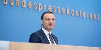 Gobierno alemán, a favor de eliminar gradualmente las mascarillas