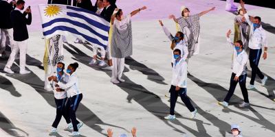 El desfile de los atletas uruguayos en la inauguración de Tokio 2020
