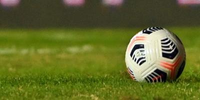 Nacional goleó a Villa Española y Peñarol empató con Liverpool