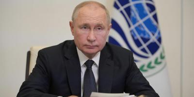 """Putin asegura que la economía rusa está """"completamente"""" recuperada"""