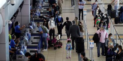 Gobierno de Panamá pide mantener autocuidado tras levantarse toque de queda