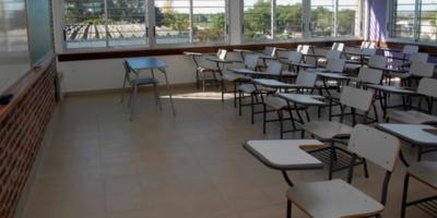 Diputada del Frente Amplio Lilián Galán acusó a las autoridades de Secundaria de persecución sindical contra dos profesores de San José