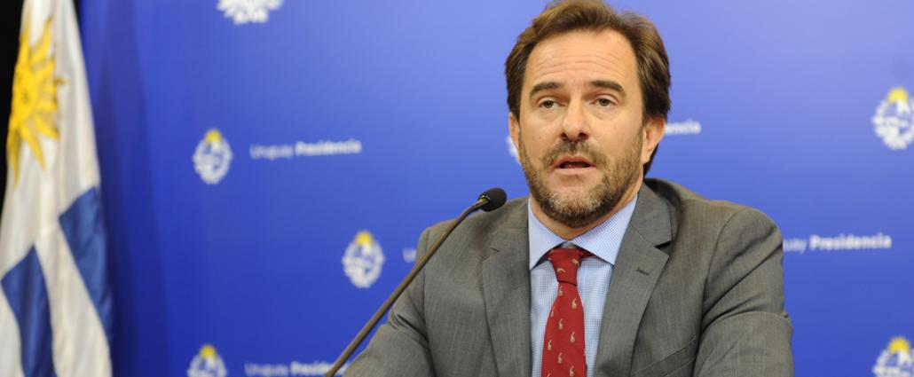 Cardoso instó a los uruguayos a permanecer en casa durante la próxima semana
