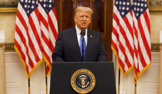 Trump se reivindicó en su discurso de despedida antes de dejar la Casa Blanca