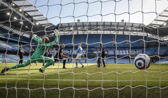 El Manchester City sigue intratable