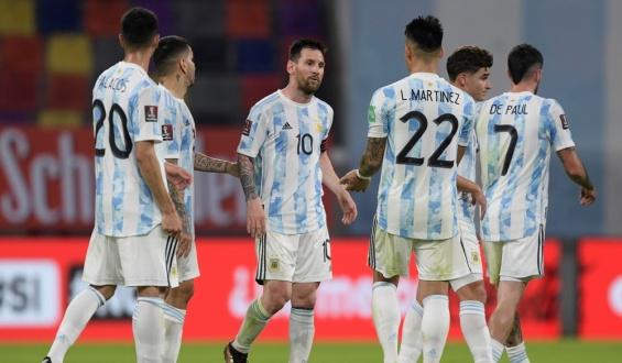 """Lionel Messi: """"Estoy contento por el resultado más allá que no pudimos ganar"""""""