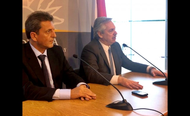 Alberto Fernández se reunió con Montevideo con el presidente Tabaré Vázquez y dijo que le ofrecerá a - Radio Monte Carlo CX20 AM930